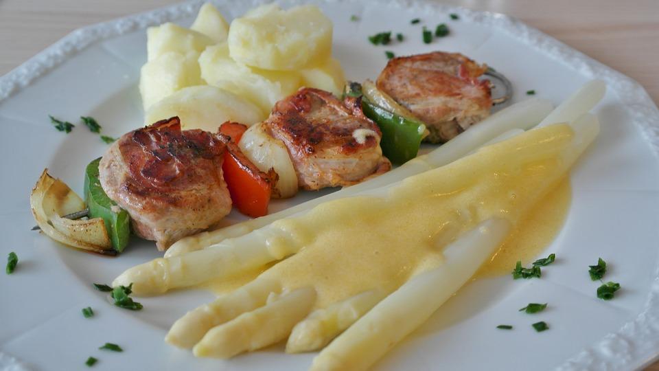 Diät zur Gewichtsreduktion wöchentliches Menü nur 1000 Kcal pro Tag, diät, abnehmen, gesunde ernährung, gewicht verlieren